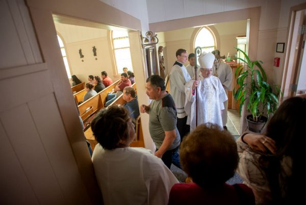 People enter church.