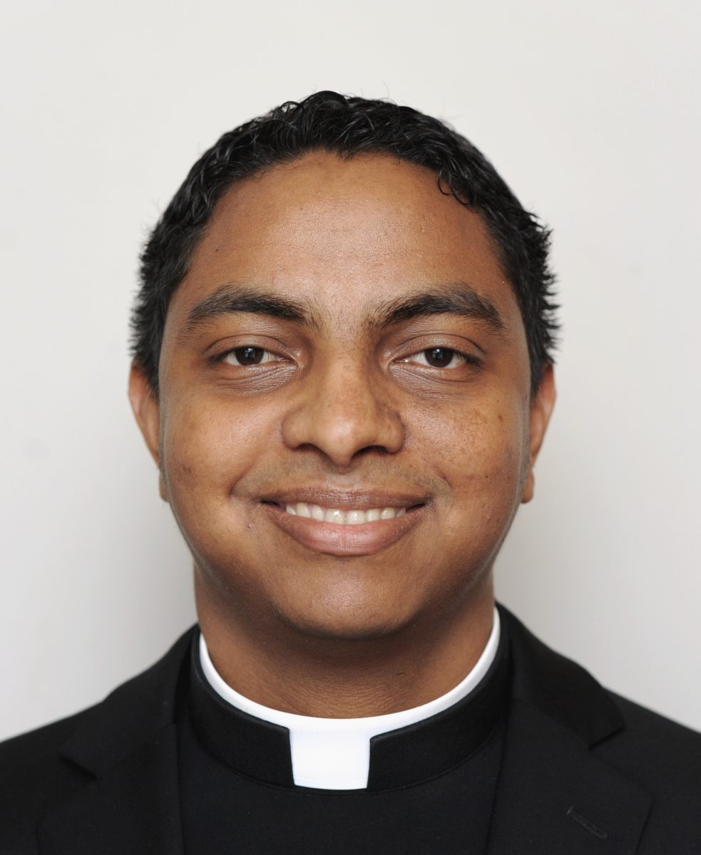 2012 headshots of discerners living at Becket Hall.