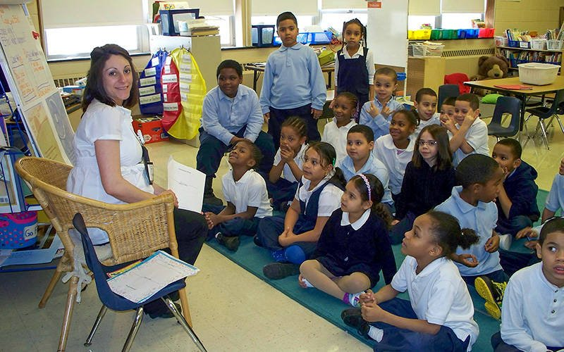Maria Ruicci teaches a class of first-grade students at Eugenio Maria de Hostos Charter School in Rochester. (Photo courtesy of the Eugenio Maria de Hostos Charter School)