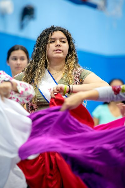 Miss Puerto Rico dances
